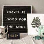 サインボード-旅は魂に良い